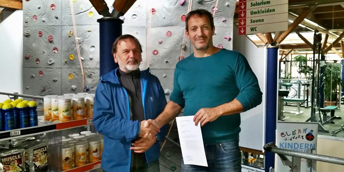 2015 Kooperation DAV - SCS Suhl (Klaus Wahl - 1. Vorsitzender DAV Suhl, Mario Krieg - Geschäftsführer Sportcenter Suhl)
