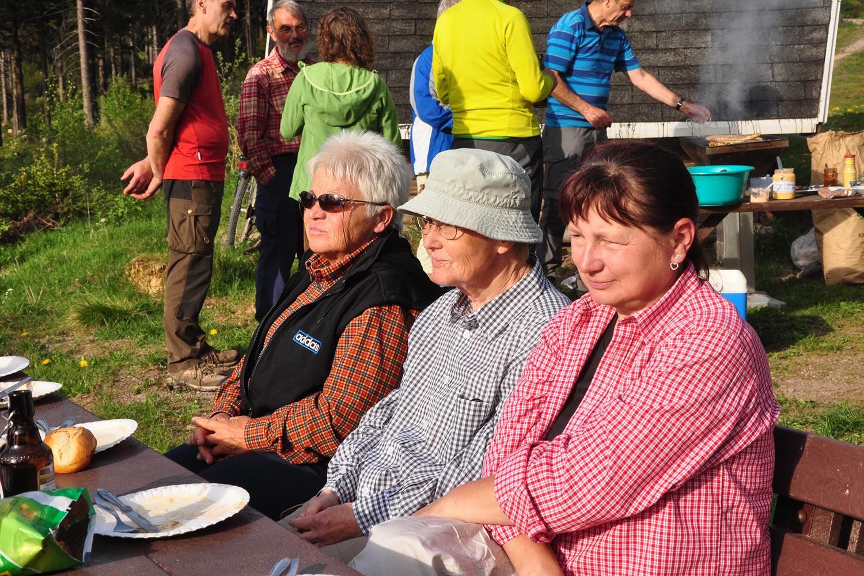 Frauen . Oberhofer Hütte 05.2016 (Foto: Klaus Wahl)