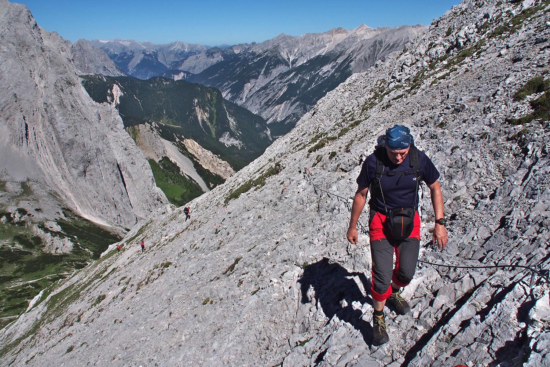 Robert im Aufstieg zur Speckkarspitze . Karwendel (Foto: Andreas Kuhrt 2017)