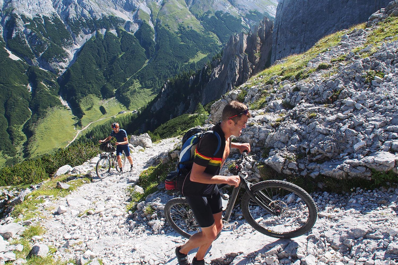 Aufstieg zum Lafatscher Joch (2081 m) . Karwendel (Foto: Andreas Kuhrt 2017)