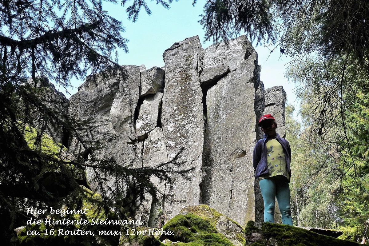 Klettern an der Steinwand (Rhön): 16 Kletterrouten an der hinteren Steinwand (Foto: Ingrid/Klaus Lehmann)