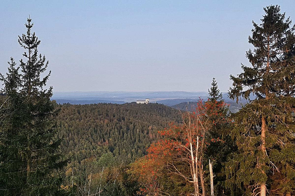 Gipfelwanderweg (Foto: Beate Bähr)