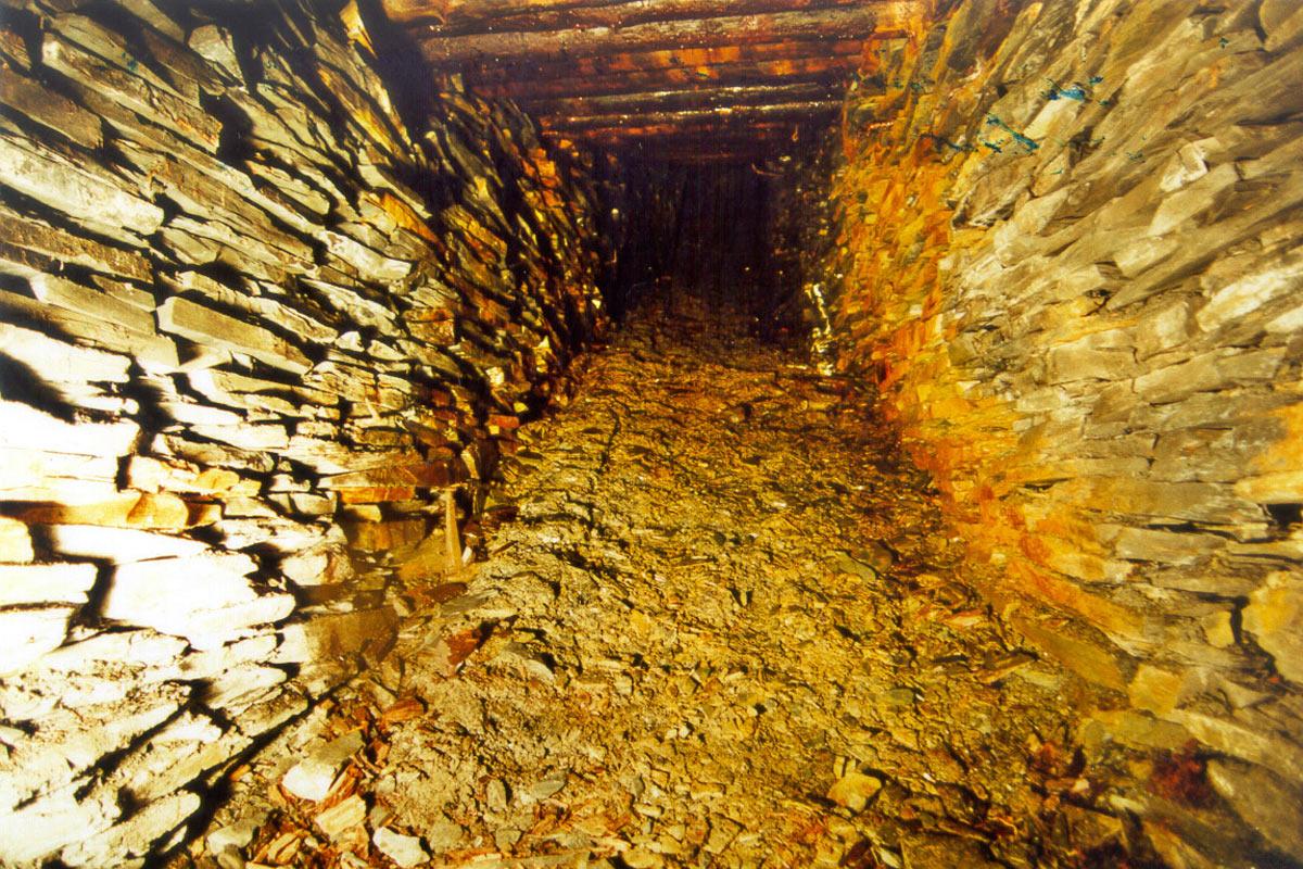 Besucherbergwerk Lehesten: Haspelberg im Rheinischen Abbau (Foto: Werner Liebeskind, Lehesten)